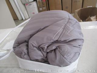 Rose Cose Comforter (Queen)