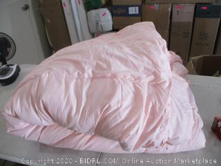 Beckham Hotel Collection - Lightweight Down Comforter (King)