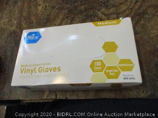Powder Free - Non Sterile Vinyl Gloves Size Medium