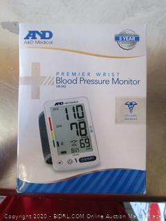 AND Premier Wrist Blood Pressure Monitor