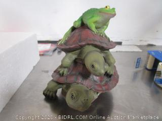 Frog Turtles Statue