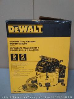 DeWalt 9 gallon portable wet dry vacuum