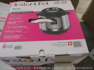 Instant Pot Duo (See Pictures)