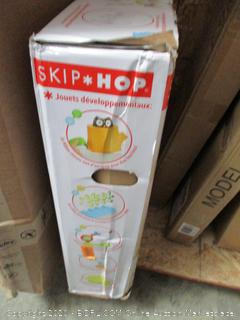 Skip*Hop  Baby view 3-stage activity center