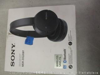 Sony MDR-ZX220BT Headphones (See Pictures)
