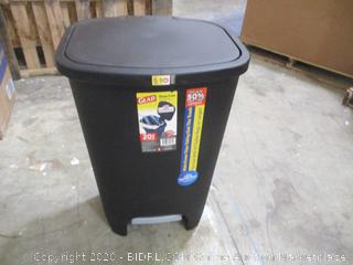 Glad - Step Trash Can, 20 Gal