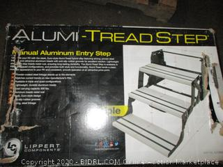 Alumi-Tread Step Entry Step