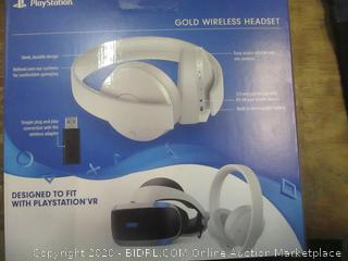 PlayStation Gold Wireless Headset 7.1 Virtual Surround Sound