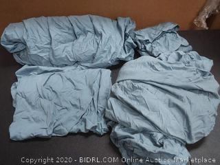 Lacoste blue comforter set (used has tear)