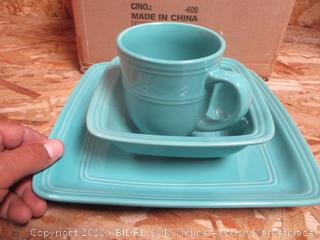 Dinnerware Set (Please Preview)