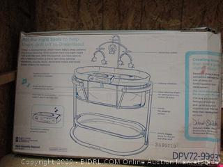 Fisher Price Soothes Motion Bassinet