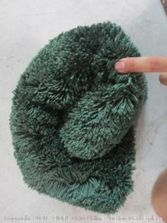 Fuzzy Rug (See Pictures)