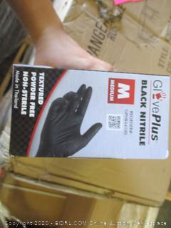 GlovePlus Black NItrile Gloves (Medium, 100 Count)