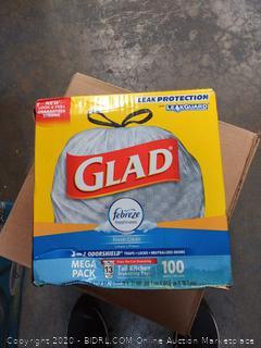 glad Febreze fresh clean 13-gallon can tall kitchen drawstring bags 100