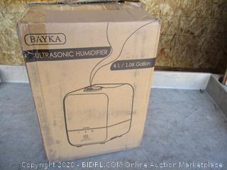 Ultrasonic Humidifier (Cracked) (Powers On)