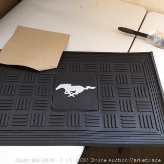 FANMATS 16809 Mustang Horse Medallion Door Mat