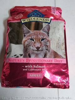 Blue Wilderness Adult Dry Cat Food- Salmon