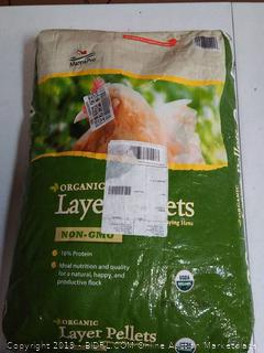 Manna Pro Organic Layer Pellets for Chickens, 30 lb