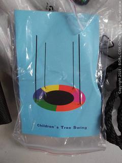 Joychoic Outdoor Tree Swing, Extra Large 40'' Diameter (Online $46.99)