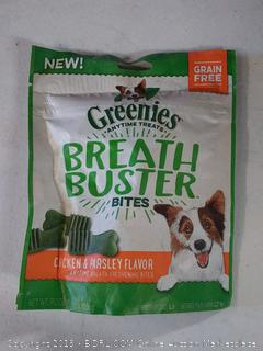 GREENIES BREATH BUSTER Bites Chicken & Parsley Flavor Treats for Dogs 5.5 Ounces