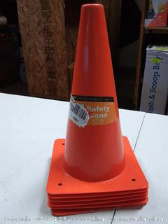 6 Orange safety cones
