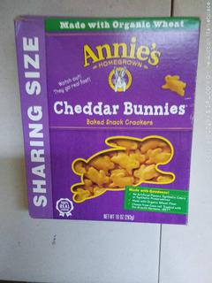 Annie's Cheddar Bunnies, Baked Snack Crackers, 10 oz Box