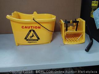 Yellow 35 Quart Side Press Wringer Combo