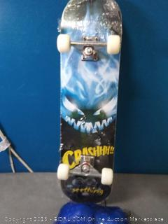 """hairunfa 31"""" x 8"""" long skateboard with protection pads (small rip in grip tape and small crack in bottom of the deck)"""