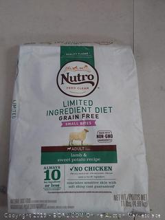 Nutro adult dog food small bites