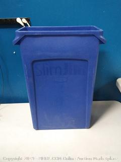Rubbermaid Slim Jim trash bin