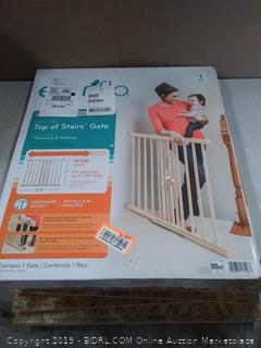 Evenflo New Wood Baby Safety Gate With Child Safety & Pet Barrier