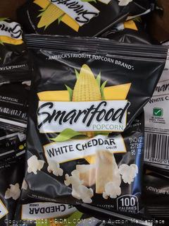 Smartfood White Cheddar Flavored Popcorn, 0.625 Ounce, 40 Count