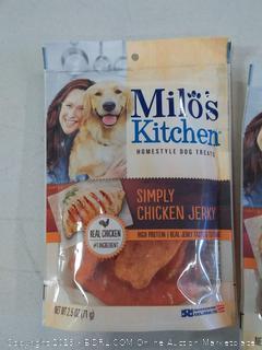 Milo's Kitchen simply chicken jerky dog treats pack of 3