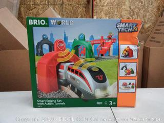 Smart Engine Set With Action Tunnels - BRIO