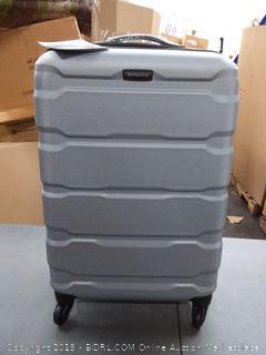 Samsonite 24-inch Omni hard spinner suitcase