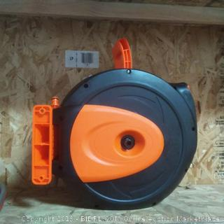 Lomax retractable water hose reel with wall mount