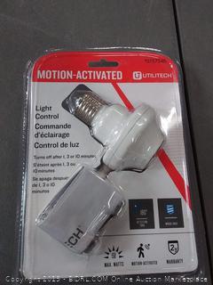 utilitech motion activated light control