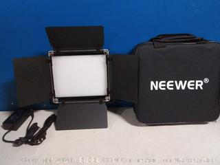 Neewer Professional Metal Bi-Color Dimmable 660 LED Video Light for Studio,YouTube,Product Photography,Video Shooting,Durable Metal Frame,with U Bracket and Barndoor,3200-5600K,CRI 96+ (powers on) online $60