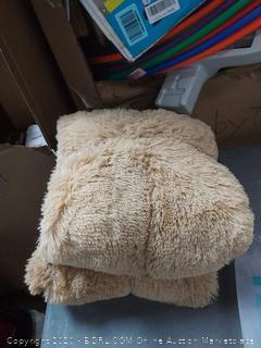 Liferevo luxury plush Shaggy duvet cover set 1 fox fur duvet cover + 2 pom poms Fringe pillow shams