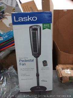 Lasko space-saving pedestal fan