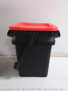 Craftsman bucket