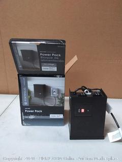 Portfolio 200-Watt 12-Volt Multi-Tap Landscape Lighting(powers on)