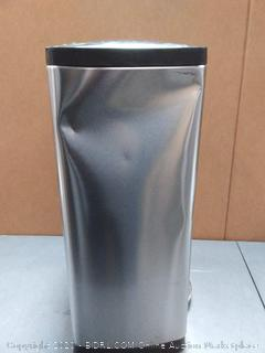 Simplehuman trash can (used and some dent)