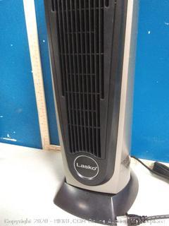 Lasko ceramic heater(powers on)