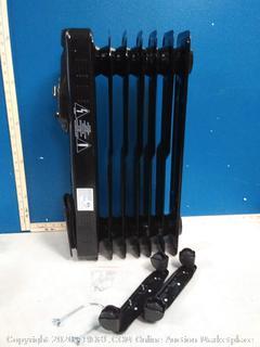 Omni-Heat oil-filled radiator heater(powers on)
