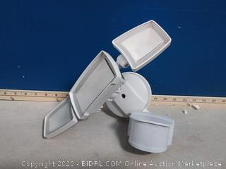 Good Earth Lighting 240-Degree 3317-Lumen Dual Detection Zone(previously owned)
