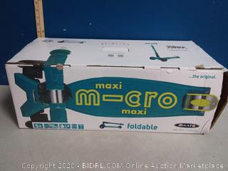 Maxi m-cro foldable scooter