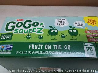 20 pack of 3.2 Oz applesauce pouches fruit on the go Gogo squeez