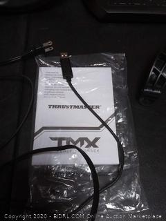 Thrustmaster TMX Force Feedback racing wheel for Xbox One and WINDOWS (powers on) (Retail $180+)