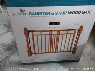 banister and stair wood gate